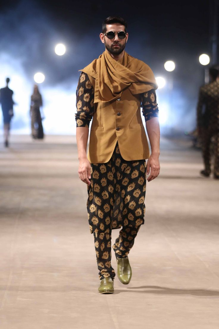 Sabyasachi men's Collection, Black printed kurta