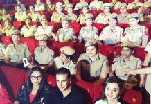 Akshay Kumar with Delhi Ladies police