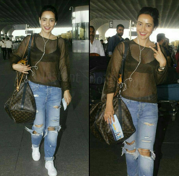 neha Sharma Aiport