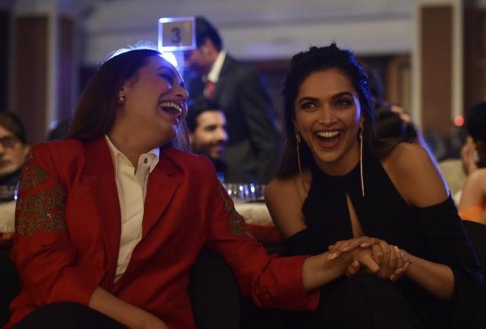 Deepika Padukone with rani Mukherje