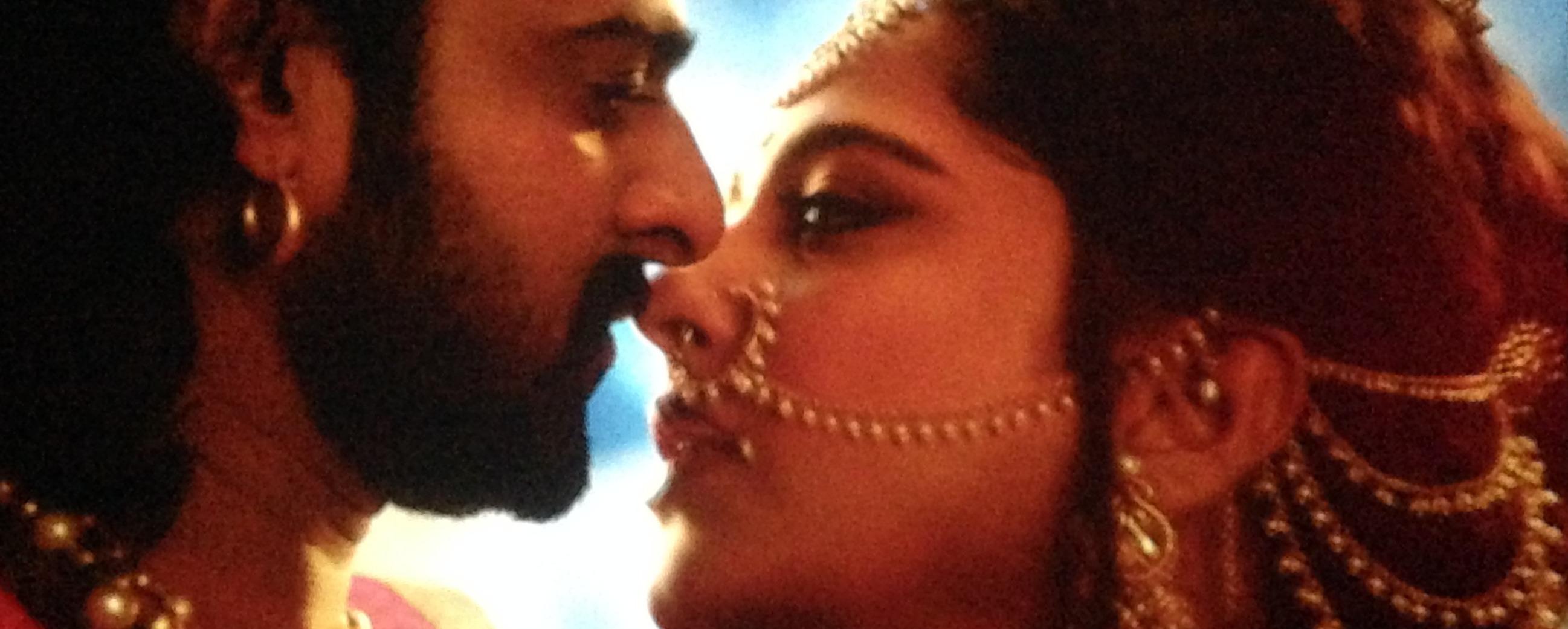 Anushka and Prabhas in Bahubali 2, Anushka Prabhas kiss in Bahubali 2