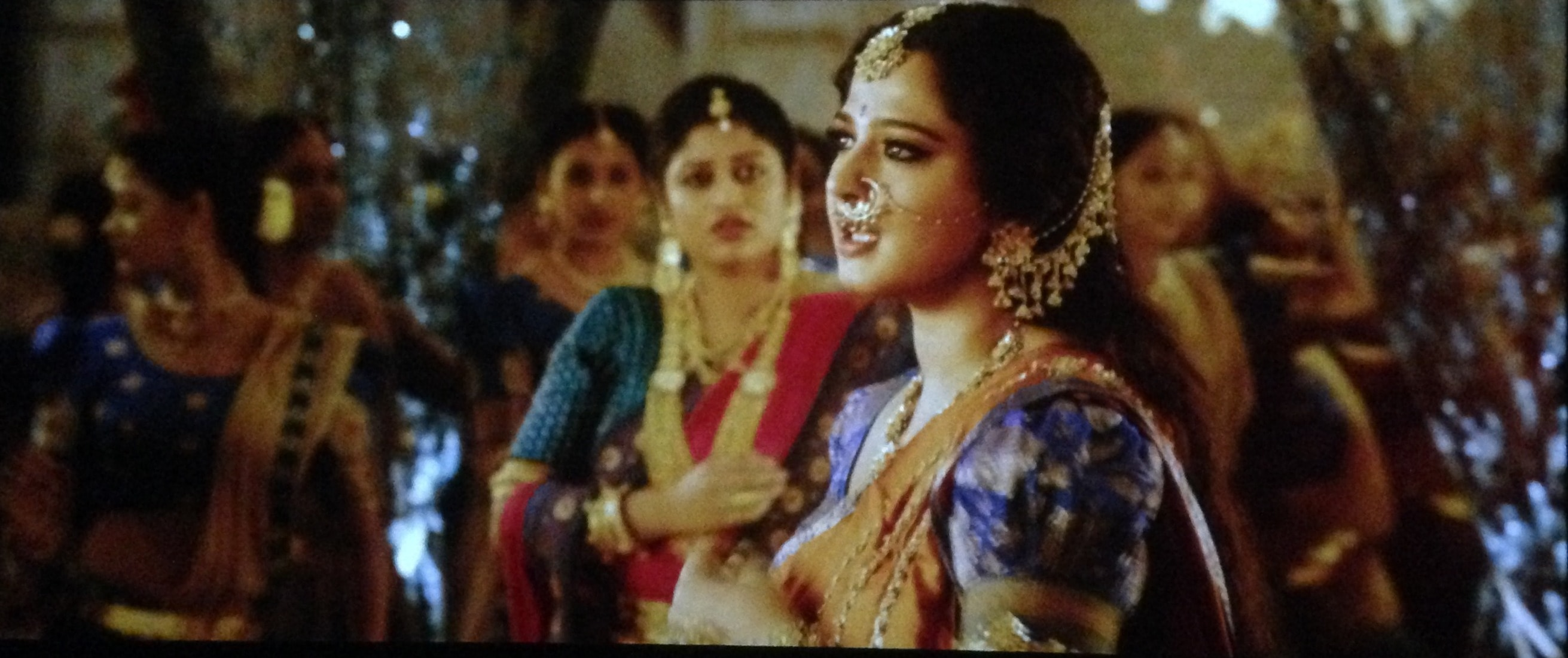 Anushka Shetty in bahubali 2 The conclusion, Anushka shetty blouse designs in bahubali 2