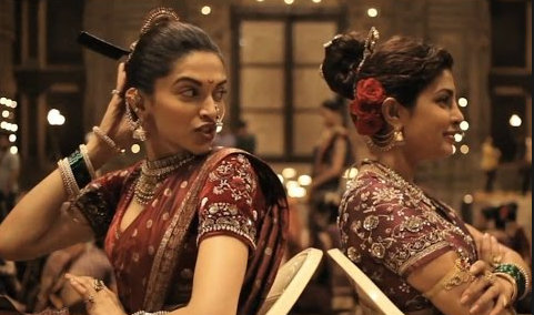 Deepika Priyanka Fight in Pinga