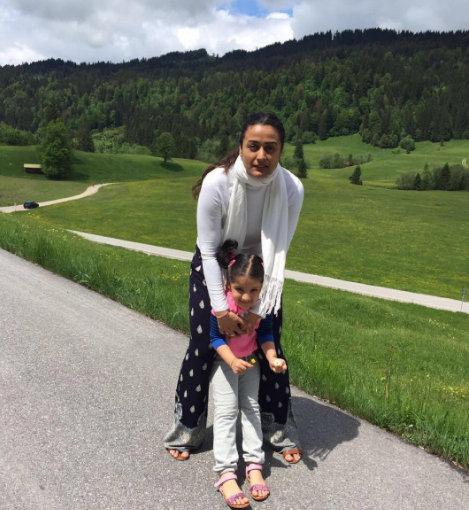 Bollywood Family Pictures Namrata Shirodkar motherhood
