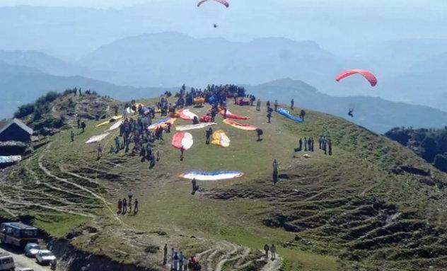 Paragliding in Naukuchital, uttrakhand