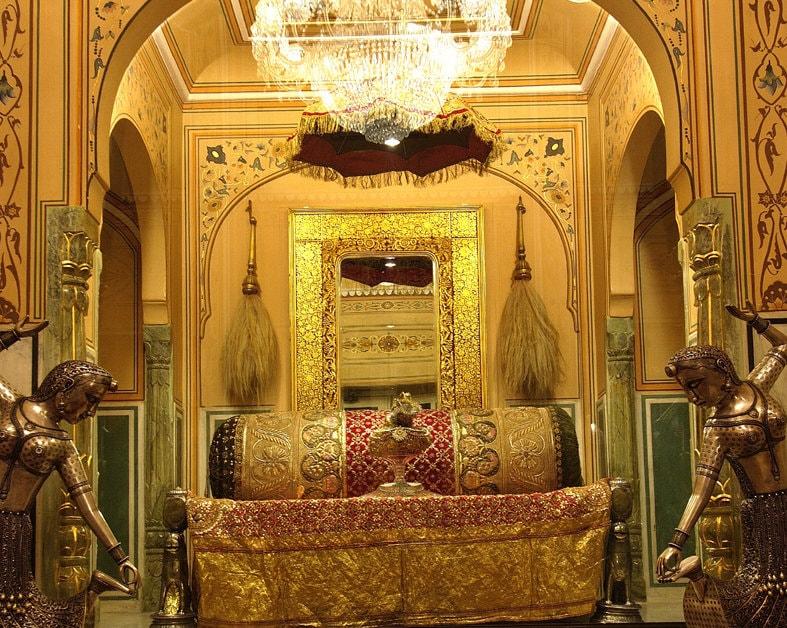 Raj Singh Hotel in jaipur billed $45000, Most expensive hotels of world , heritage hotel