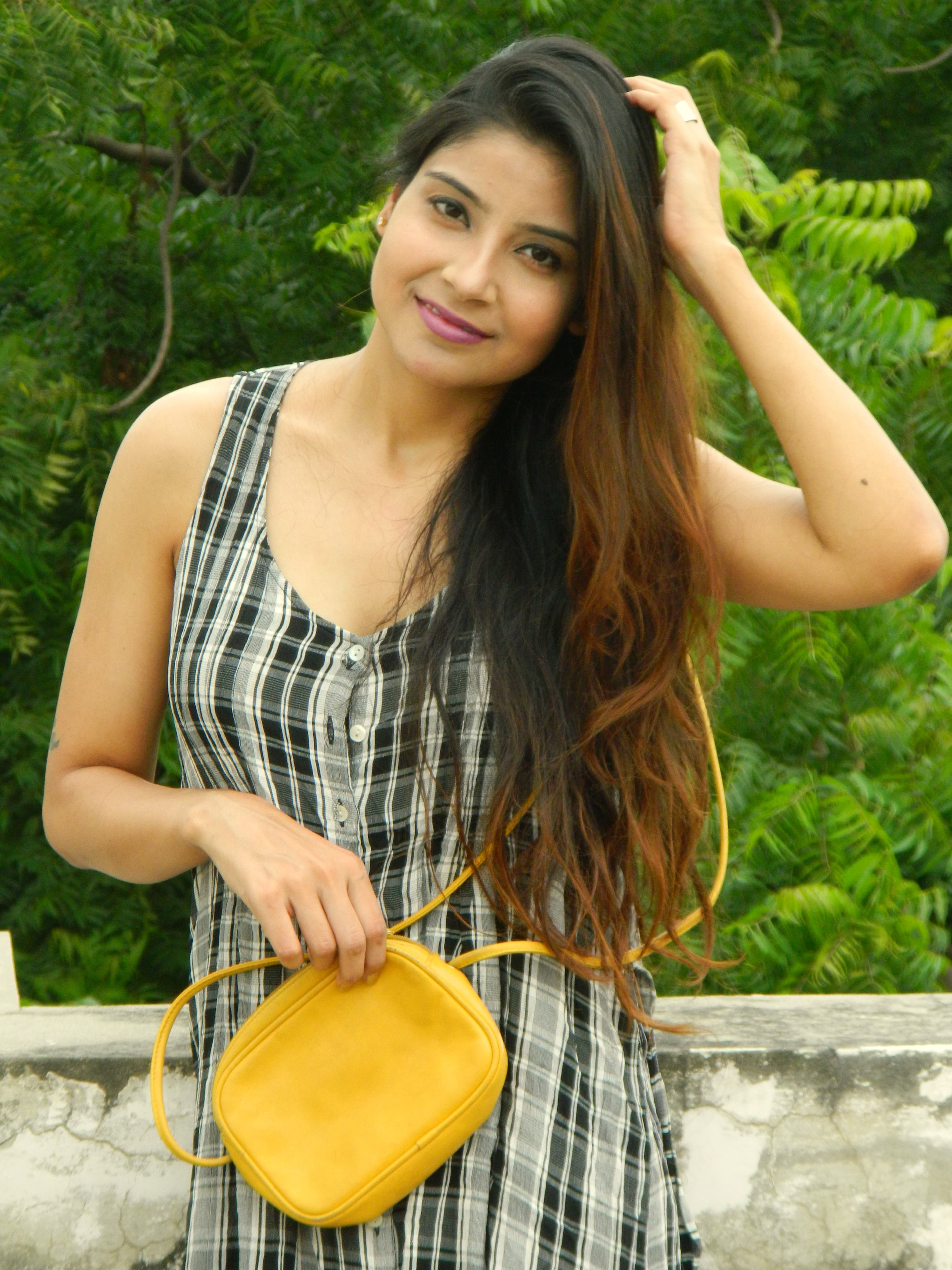 5 Effective Tips To Get Long Thick Hair Naturally At Home